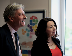 Richard Leonard visits University Hospital, Wishaw, 8 May 2019