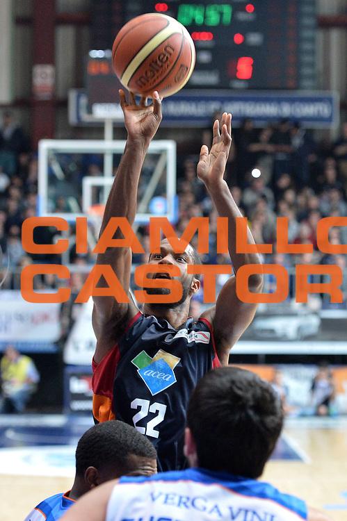DESCRIZIONE : Cant&ugrave; Lega A 2014-15Acqua Vitasnella Cant&ugrave; Acea Roma<br /> GIOCATORE : Gibson Kyle<br /> CATEGORIA : Tiro<br /> SQUADRA : Acea Roma<br /> EVENTO : Campionato Lega A 2014-2015<br /> GARA : Acqua Vitasnella Cant&ugrave; Acea Roma<br /> DATA : 11/01/2015<br /> SPORT : Pallacanestro <br /> AUTORE : Agenzia Ciamillo-Castoria/I.Mancini<br /> Galleria : Lega Basket A 2013-2014  <br /> Fotonotizia : Cant&ugrave; Lega A 2013-2014 Acqua Vitasnella Cant&ugrave; Acea Roma<br /> Predefinita :