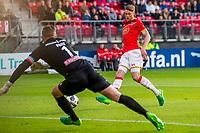 ALKMAAR, 19-05-2017, AZ - FC Groningen,  AFAS Stadion, FC Groningen keeper Sergio Padt, AZ speler Wout Weghorst scoort hier de 1-0, doelpunt