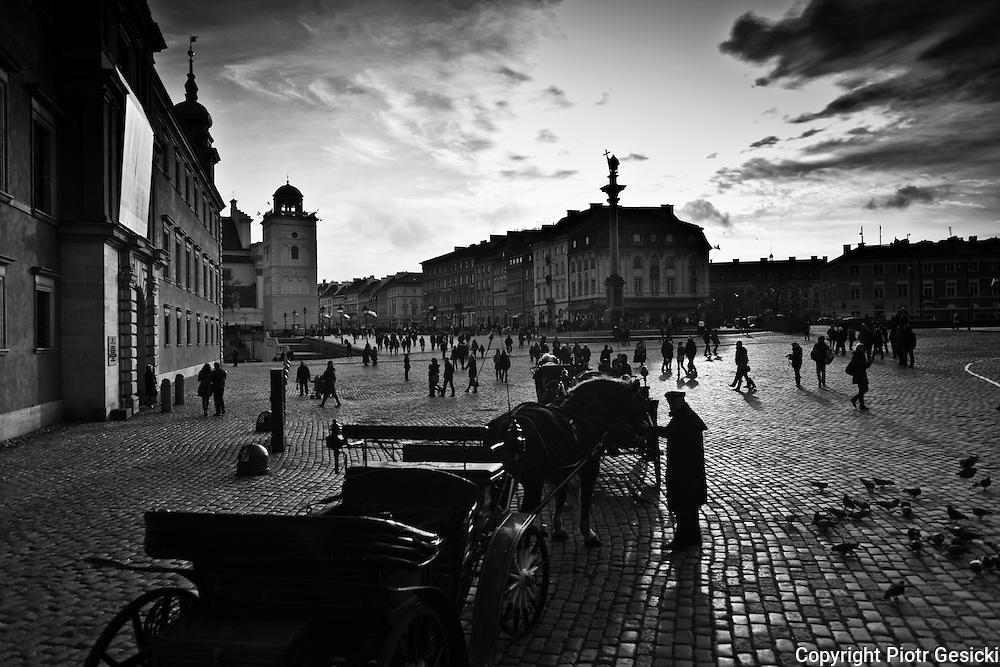Castle square (Plac Zamkowy) Warsaw Poland photography by Piotr Gesicki