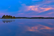 CLoud reflection in Lac des Sables<br />