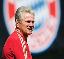 18.05.2012, Trainingsgelaende FC Bayern, Muenchen, GER, UEFA CL, Finale, Vorberichte, Training FC Bayern, im Bild FC Bayern Munchen's head coach Jupp Heynckes during the practice session of FC Bayern, preliminary reports for the UEFA CL final at training complex in Sabener Strasse, Munich, Germany on 2012/05/18. EXPA Pictures © 2012, PhotoCredit: EXPA/ Propagandaphoto/ Vegard Grott..***** ATTENTION - OUT OF ENG, GBR, UK *****