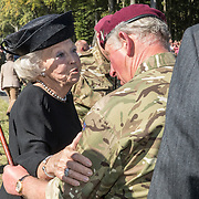 NLD/Ede/20190921- Prince Charles en Prinses Beatrix bij herdenking Airborne,  Prinses Beatrix neemt afscheid van Prins Charles