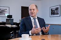 21 NOV 2018, BERLIN/GERMANY:<br /> Olaf Scholz, SPD, Bundesfinanzminister, waehrend einem Interview, in seinem Buero, Bundesministerium der Finanzen<br /> IMAGE: 20181121-01-010<br /> KEYWORDS: B&uuml;ro