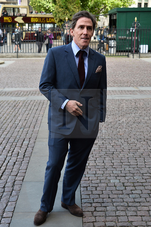 © Licensed to London News Pictures. 07/06/2017. London, UK. ROB BRYDON attends a service of Thanksgiving for the life and work of RONNIE CORBETT at Westminster Abbey. The entertainer, comedian, actor, writer, and broadcaster was best known for his long association with Ronnie Barker in the BBC television comedy sketch show The Two Ronnies. Photo credit: Ray Tang/LNP