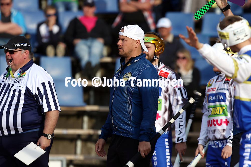 13.5.2016, Pihkala, Hyvink&auml;&auml;.<br /> Superpesis 2016.<br /> Hyvink&auml;&auml;n Tahko - Oulun Lippo.<br /> Kakkospelinjohtaja Sami Parttimaa - Oulu