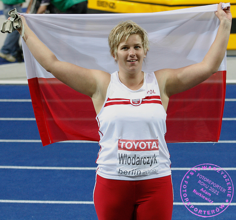 BERLIN 22/08/2009.12th IAAF World Championships in Athletics Berlin 2009.Anita Wlodarczyk of Poland celebrates after winning the women's hammer throw final during the world athletics championships at the Olympic stadium in Berlin . Wlodarczyk won the gold and broke the women's world record with her second throw of 77.96 metres.Phot: Piotr Hawalej / WROFOTO