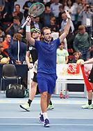Sieger LUCAS POUILLE (FRA)  winkt und bedankt sich beim Publikum,<br /> <br /> Tennis - ERSTE BANK OPEN 2017 - ATP 500 -  Stadthalle - Wien -  - Oesterreich  - 29 October 2017. <br /> &copy; Juergen Hasenkopf