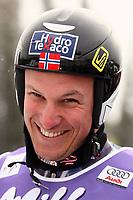 Alpint<br /> Sieger Aksel Lund Svindal (Norwegen) gut gelaunt; Axel, Vdig, hoch, lachen, lächeln Weltcup 2005/2006, Welt Cup, Worldcup, World, WC, Ski Alpin, Skisport, Super G Lake