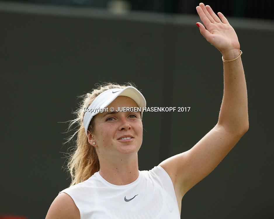 ELINA SVITOLINA (UKR) winkt und bedankt sich beim Publikum nach ihrem Sieg,Freude,Emotion<br /> <br /> Tennis - Wimbledon 2017 - Grand Slam ITF / ATP / WTA -  AELTC - London -  - Great Britain  - 7 July 2017.