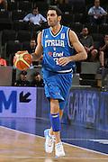 DESCRIZIONE : Madrid Spagna Spain Eurobasket Men 2007 Qualifying Round Germania Italia Germany Italy GIOCATORE : Matteo Soragna<br /> SQUADRA : Nazioanle Italia Uomini Italy <br /> EVENTO : Eurobasket Men 2007 Campionati Europei Uomini 2007 <br /> GARA : Germania Italia Germany Italy <br /> DATA : 12/09/2007 <br /> CATEGORIA : Palleggio<br /> SPORT : Pallacanestro <br /> AUTORE : Ciamillo&amp;Castoria/H.Bellenger Galleria : Eurobasket Men 2007 <br /> Fotonotizia : Madrid Spagna Spain Eurobasket Men 2007 Qualifying Round Germania Italia Germany Italy Predefinita :