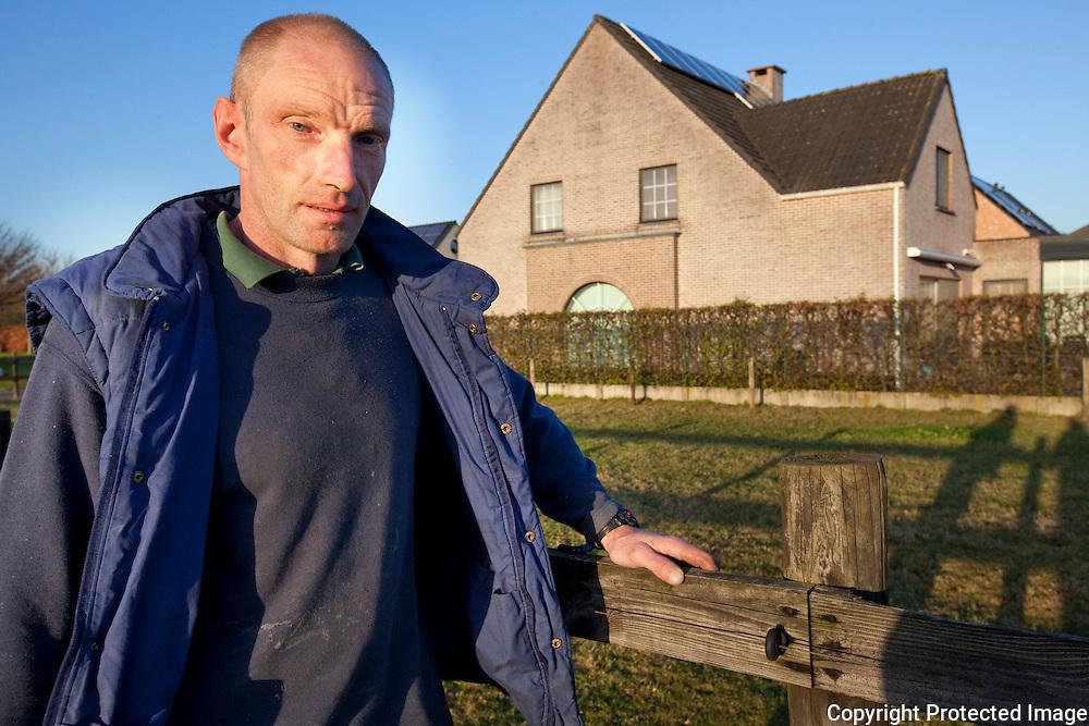 370647-Guido Gijselinckx vat dieven die s'nachts bij de buren aan het inbreken waren-amelbergastraat 70 Zandhoven