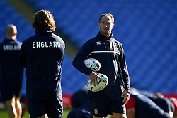 England Skills coach Mike Catt looks on - Mandatory byline: Patrick Khachfe/JMP - 07966 386802 - 09/10/2015 - RUGBY UNION - Manchester City Stadium - Manchester, England - England Captain's Run - Rugby World Cup 2015.