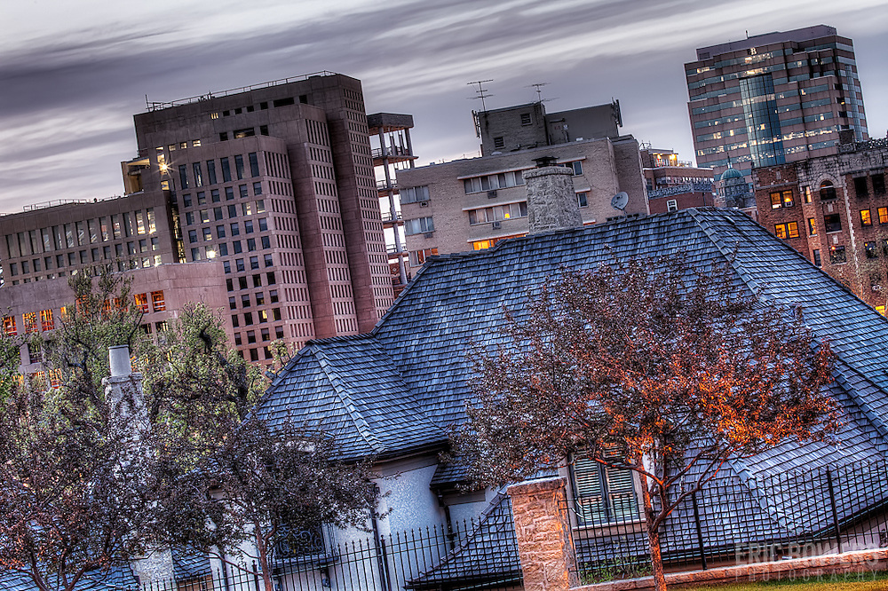 A view of the troubled West Edge project on the Plaza, Kansas City Missouri - taken up the hill from Ward Parkway at Rockwell Lane and Sunset Drive.
