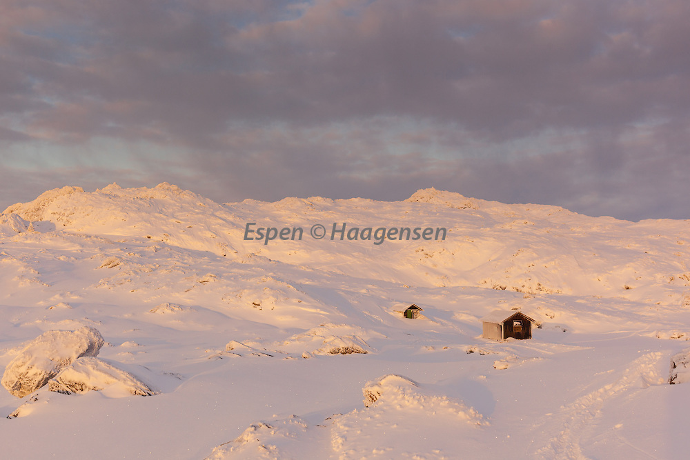 Soft winter light at Ulriken
