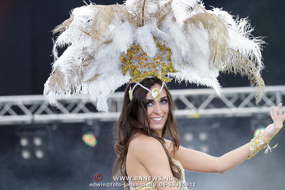 NLD/Rotterdam/20120615 - Verkiezing Miss Zuid-Holland 2012, deelneemster Eva van der Steenhoven