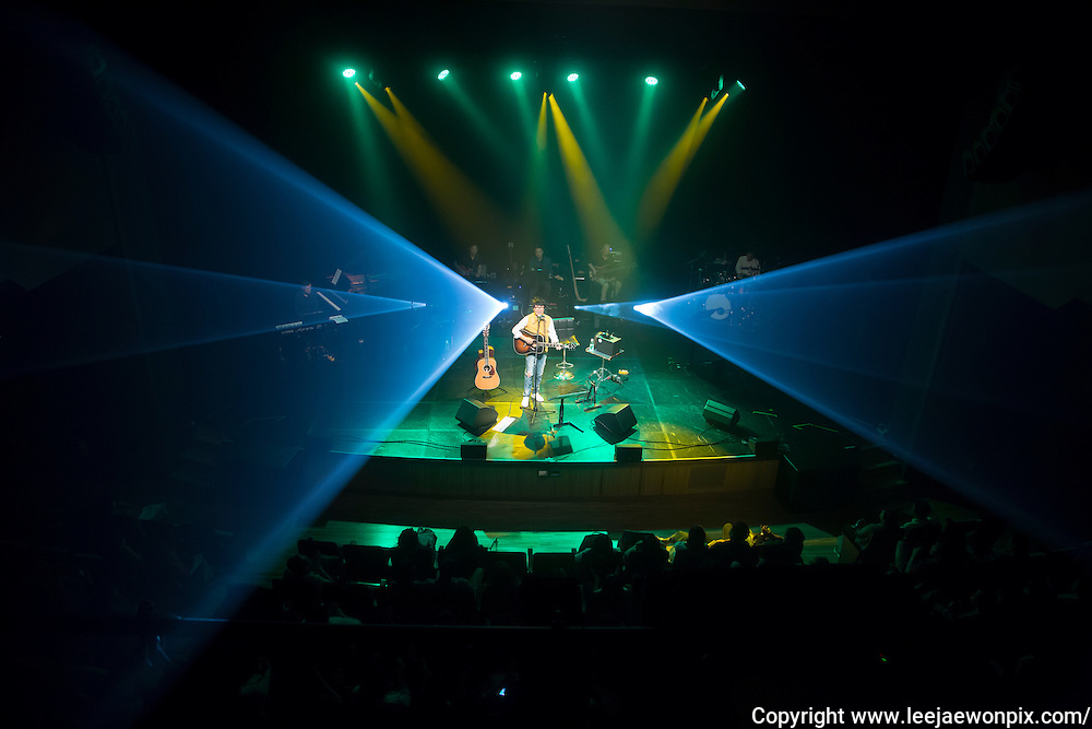 South Korean singer-songwriter Baekja performs during a showcase for his third album at Seongsu art-hall in Seoul, South Korea, September 8, 2016. Photo by Lee Jae-Won (SOUTH KOREA)  www.leejaewonpix.com
