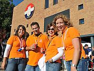 23-08-2008 VOETBAL:WILLEM II:OPENDAG:TILBURG<br /> Het team van de Rabobank op de opendag<br /> Foto: Geert van Erven