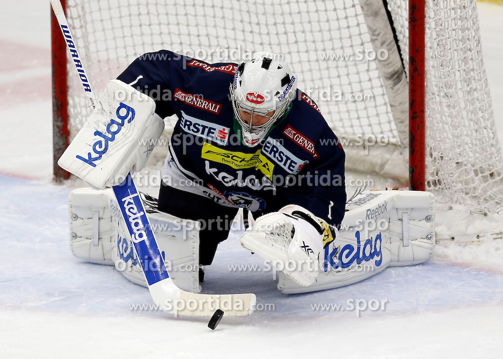 27.09.2015, Stadthalle, Villach, AUT, EBEL, EC VSV vs EC Red Bull Salzburg, 6. Runde, im Bild Jean Philippe Lamoureux (VSV) // during the Erste Bank Icehockey League 6th round match between EC VSV vs EC Red Bull Salzburg at the City Hall in Villach, Austria on 2015/09/27, EXPA Pictures © 2015, PhotoCredit: EXPA/ Oskar Hoeher