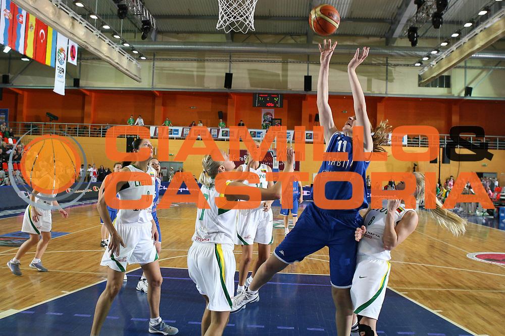 DESCRIZIONE : Valmiera Latvia Lettonia Eurobasket Women 2009 Lituania Serbia Lithuania Serbia<br /> GIOCATORE : Ana Perovic<br /> SQUADRA :Serbia<br /> EVENTO : Eurobasket Women 2009 Campionati Europei Donne 2009 <br /> GARA :  Lituania Serbia Lithuania Serbia<br /> DATA : 07/06/2009 <br /> CATEGORIA : tiro<br /> SPORT : Pallacanestro <br /> AUTORE : Agenzia Ciamillo-Castoria/E.Castoria