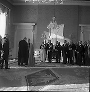 Diplomatic Corps. received by President de Valera..1962..01.01.1962..1st January 1961..The assembled Diplomatic Corps to Ireland was presented to President Eamon Devalera at Áras an Uachterain today. Representatives from:.The Holy See,.Canada,Netherlands,Belgium,Spain,Sweden,.Great Britain,U.S.A,Switzerland,Portugal,Australia, Germany,.France,Italy and India were present. Corpi diplomatici ricevuti dal Presidente Valdera.