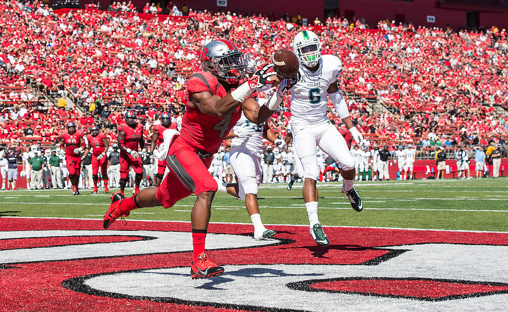The Rutgers Scarlet Knights football team take on the Tulane Green Wave at High Point Solutions Stadium in Piscataway, NJ on Saturday, September 27, 2014.