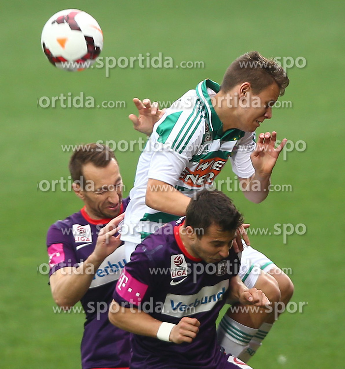 06.04.2014, Generali Arena, Wien, AUT, 1. FBL, FK Austria Wien vs SK Rapid Wien, 31. Runde, im Bild Manuel Ortlechner, (FK Austria Wien, #14), Louis Schaub, (SK Rapid Wien, #10) und Markus Suttner, (FK Austria Wien, #29) // during Austrian Bundesliga Football 31st round match, between FK Austria Vienna and SK Rapid Vienna at the Generali Arena, Wien, Austria on 2014/04/06. EXPA Pictures © 2014, PhotoCredit: EXPA/ Thomas Haumer