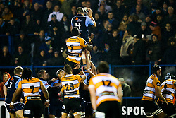 Guinness PRO14, Cardiff Arms Park, Cardiff, UK 9/11/2019<br /> Cardiff Blues vs Toyota Cheetahs<br /> Josh Turnbull of Cardiff Blues wins a lineout.<br /> Mandatory Credit ©JMP/Rogan Thomson