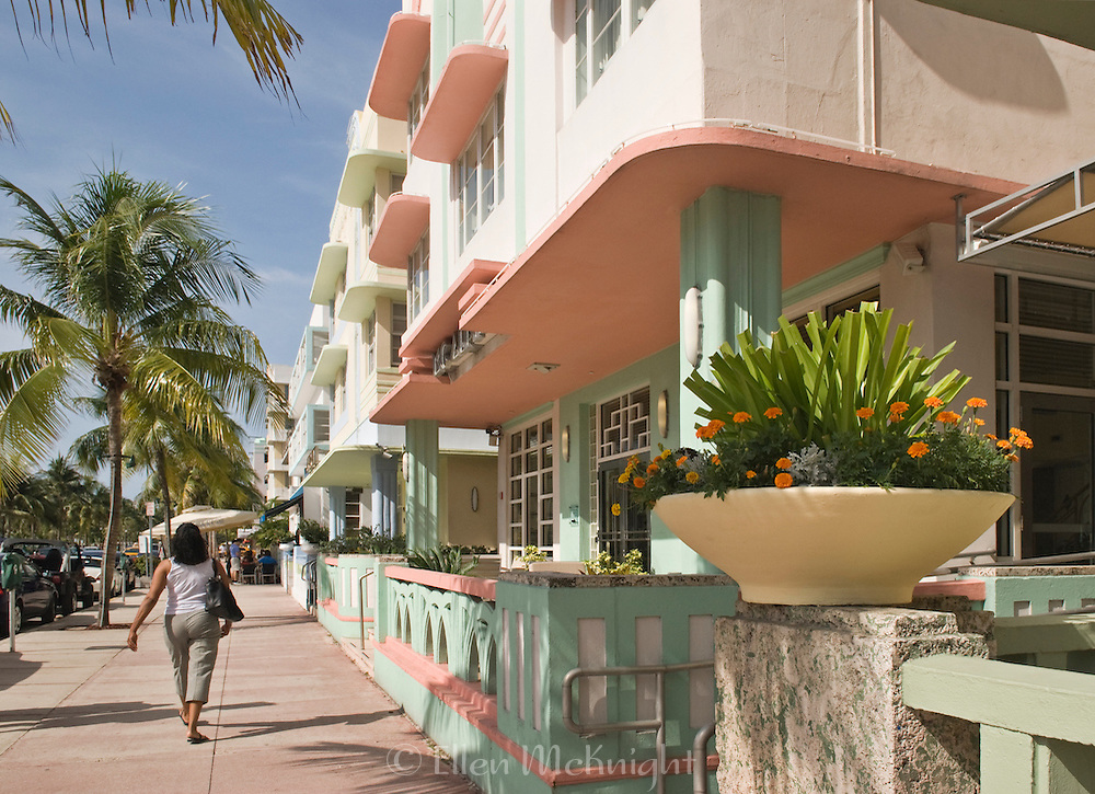 Art Deco Hotels on Ocean Drive in South Beach, Miami
