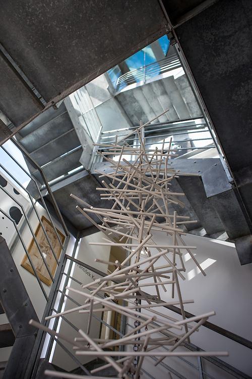 Exponate im Ausstellungsbereich des Kampa Museums.
