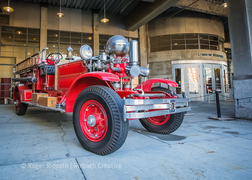 ahrens-fox fire engine at union station kc mo