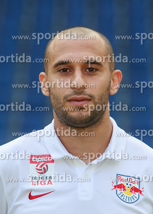 15.07.2015, Red Bull Arena, Salzburg, AUT, 1. FBL, FC Red Bull Salzburg, Fototermin, im Bild Omer Damari (FC Red Bull Salzburg) // during the official Team and Portrait Photoshoot of Austrian Bundesliga Club FC Red Bull Salzburg at the Red Bull Arena in Salzburg, Austria on 2015/07/15. EXPA Pictures © 2015, PhotoCredit: EXPA/ JFK