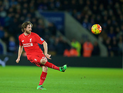 LEICESTER, ENGLAND - Monday, February 1, 2016: Liverpool's Joe Allen in action against Leicester City during the Premier League match at Filbert Way. (Pic by David Rawcliffe/Propaganda)