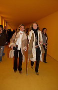 Emilie Callu and Eileen Botsford, Private view of the Frieze Art Fair, Regent's Park. 14 October 2004. ONE TIME USE ONLY - DO NOT ARCHIVE  © Copyright Photograph by Dafydd Jones 66 Stockwell Park Rd. London SW9 0DA Tel 020 7733 0108 www.dafjones.com