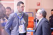 DESCRIZIONE : Brindisi  Lega A 2015-16 Enel Brindisi Sidigas Scandone Avellino<br /> GIOCATORE : Matteo Soragna Stefano Sacripanti<br /> CATEGORIA : Ritratto Before Pregame Fair Play<br /> SQUADRA : Sidigas Scandone Avellino<br /> EVENTO : Enel Brindisi Sidigas Scandone Avellino<br /> GARA :Enel Brindisi Sidigas Scandone Avellino<br /> DATA : 13/03/2016<br /> SPORT : Pallacanestro<br /> AUTORE : Agenzia Ciamillo-Castoria/M.Longo<br /> Galleria : Lega Basket A 2015-2016<br /> Fotonotizia : <br /> Predefinita :