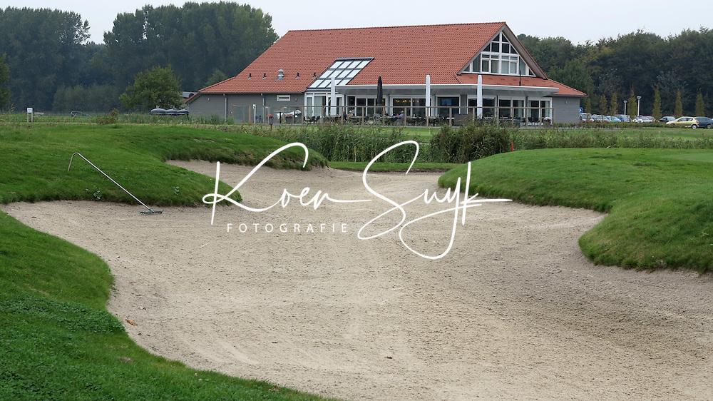 ZEEWOLDE - Golfclub Harderwold. Clubhuis.  COPYRIGHT KOEN SUYK