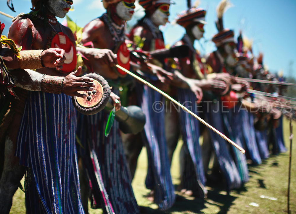 Perfomance at the Goroka Festival.<br /> Exclusive at Getty Images<br /> http://www.gettyimages.com.au/Search/Search.aspx?contractUrl=2&amp;language=en-US&amp;assetType=image&amp;p=ingetje+tadros#2