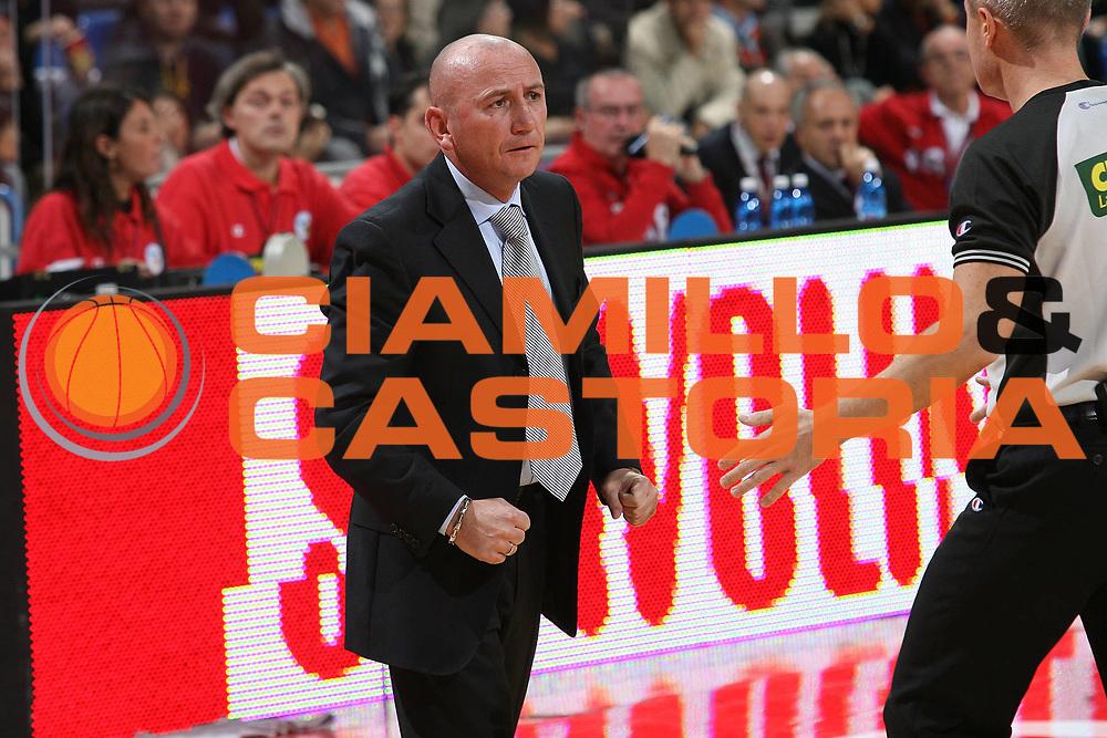 DESCRIZIONE : Pesaro Lega A1 2007-08 Scavolini Spar Pesaro Tisettanta Cantu<br /> GIOCATORE : Luca Dalmonte<br /> SQUADRA : Tisettanta Cantu<br /> EVENTO : Campionato Lega A1 2007-2008 <br /> GARA : Scavolini Spar Pesaro Tisettanta Cantu<br /> DATA : 04/11/2007 <br /> CATEGORIA : Ritratto<br /> SPORT : Pallacanestro <br /> AUTORE : Agenzia Ciamillo-Castoria/M.Marchi