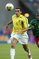 FOOTBALL - CONFEDERATIONS CUP 2003 - GROUP B - 030619 - BRASIL V KAMERUN - LUCIO (BRA) - PHOTO STEPHANE MANTEY / DIGITALSPORT