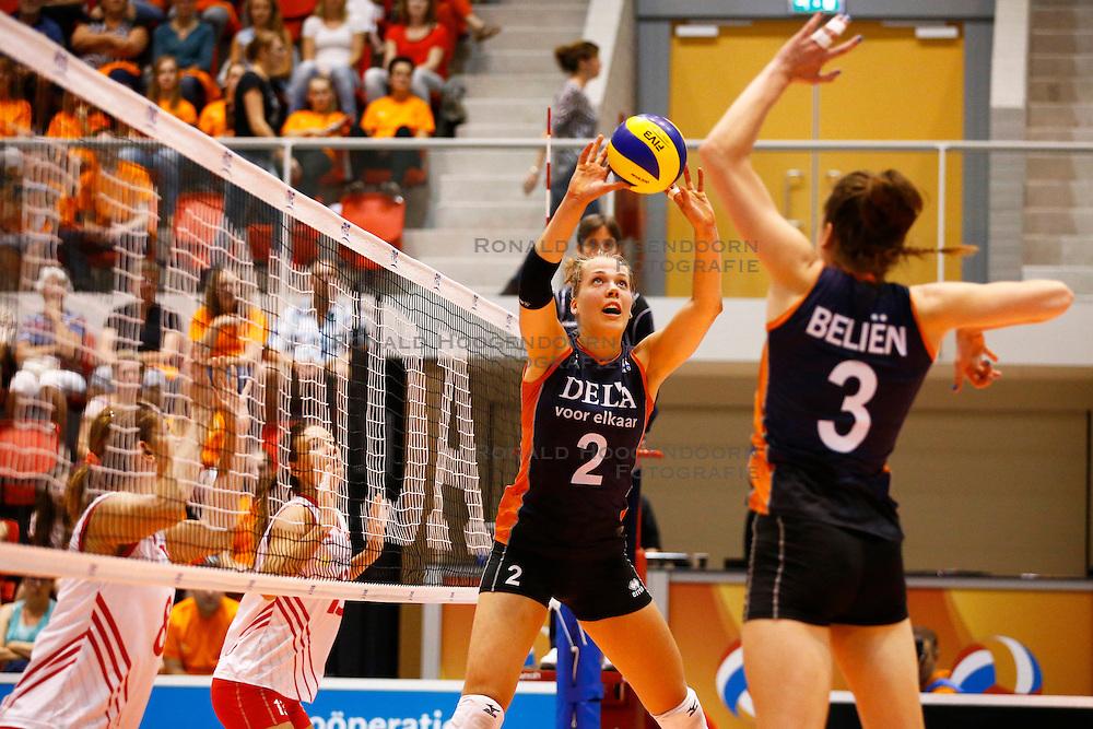 20140917 NED: Gelderland Cup, Nederland - Turkije, Doetinchem<br /> Femke Stoltenborg, Yvon Belien<br /> ©2014-FotoHoogendoorn.nl / Pim Waslander