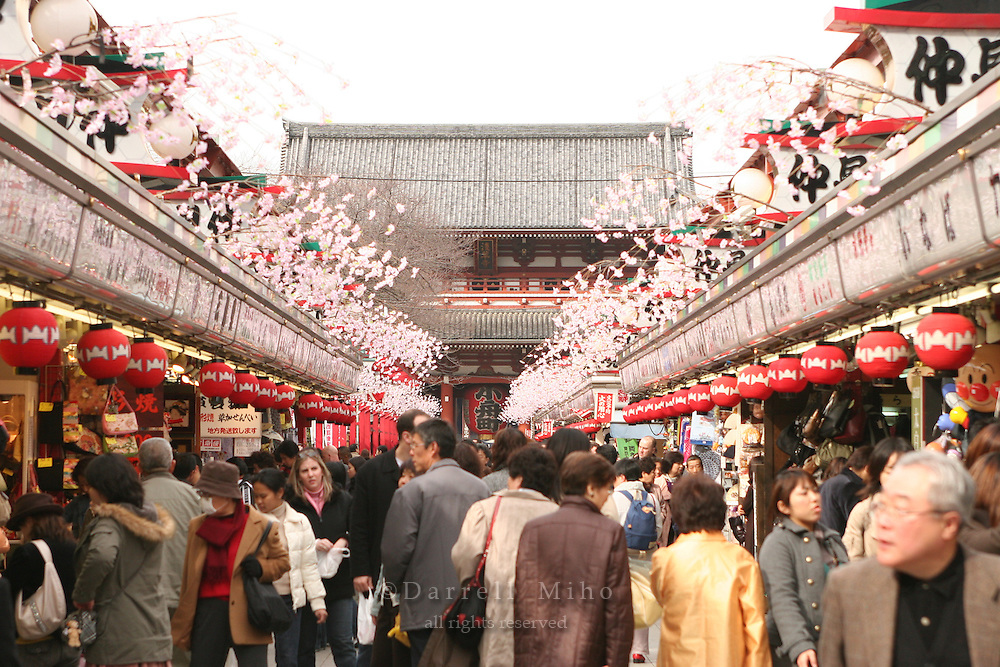 Mar 6, 2006; Tokyo, JPN; Asakusa.Souvenir shops line Nakamise-dori as you approach the Senso-ji Buddhist temple...Photo credit: Darrell Miho
