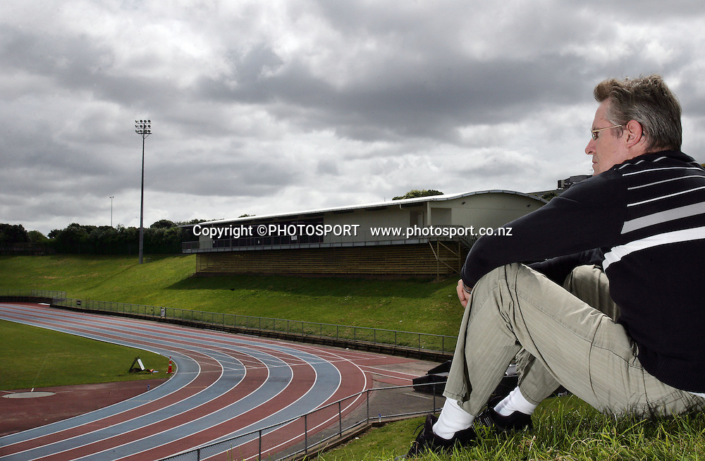 John Walker photoshoot at Mt Smart atheletics track, Mt Smart Stadium. 1 November 2007. Photo: Andrew Cornaga/PHOTOSPORT