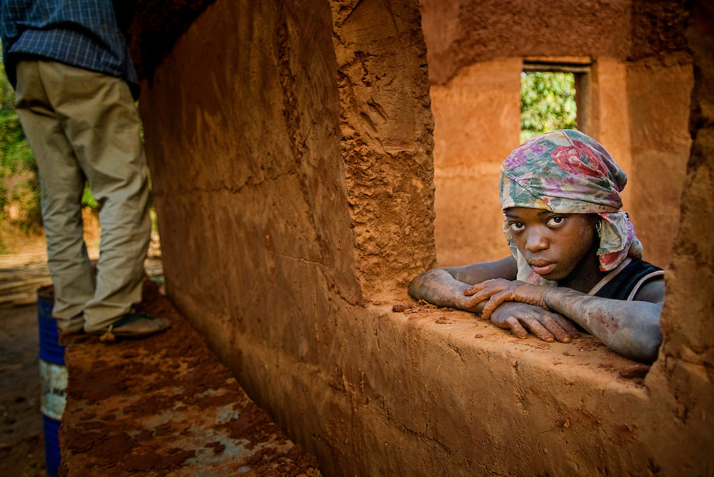 Bijagos Islands in Guinea Bissau, building an house with mud.