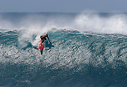 surf photos,take off,pipeline ,Hawaii