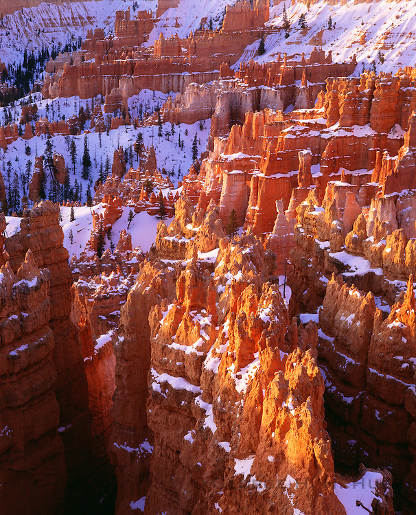 0302-1029 ~ Copyright:  George H. H. Huey ~ Bryce Amphitheater from Inspiration Point at sunset, in winter.  Bryce Canyon National Park, Utah.