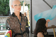 female mannequin without hair