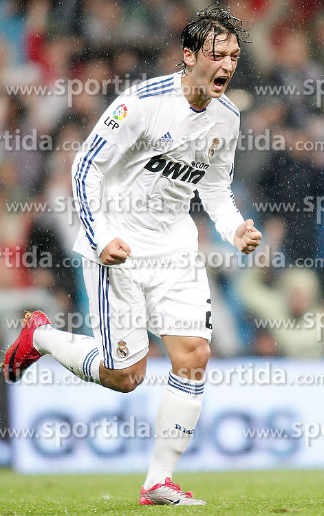 03.10.2010, Estadio Santiago Bernabeu, Madrid, ESP, Primera Divison, Real Madrid vs Deportivo de La Coruna, im Bild Real Madrid's Mesut Özil celebrates, EXPA Pictures © 2010, PhotoCredit: EXPA/ Alterphotos/ Alvaro Hernandez