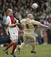 Photo: Aidan Ellis.<br /> Rotherham United v Bristol City. Coca Cola League 1. 25/03/2006.<br /> Rotherham's Colin Murdock holds up City's Steve Brooker