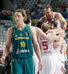 07.09.2014, Palau Sant Jordi, Barcelona, ESP, FIBA WM, Australien vs Türkei, Achtelfinale, im Bild Turkey's players celebrate the victory in presence of Australia's Cameron Bairstow // during FIBA Basketball World Cup Spain 2014 round of 16 match between Australia and Turkey at the Palau Sant Jordi in Barcelona, Spain on 2014/09/07. EXPA Pictures © 2014, PhotoCredit: EXPA/ Alterphotos/ Acero<br /> <br /> *****ATTENTION - OUT of ESP, SUI*****