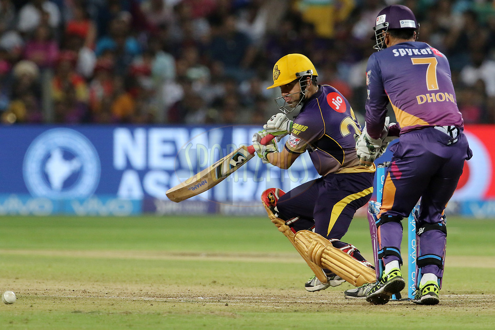Kolkata Knight Riders captain Gautam Gambhir plays a shot during match 30 of the Vivo 2017 Indian Premier League between the Rising Pune Supergiants and the Kolkata Knight Riders  held at the MCA Pune International Cricket Stadium in Pune, India on the 26th April 2017<br /> <br /> Photo by Vipin Pawar- IPL - Sportzpics